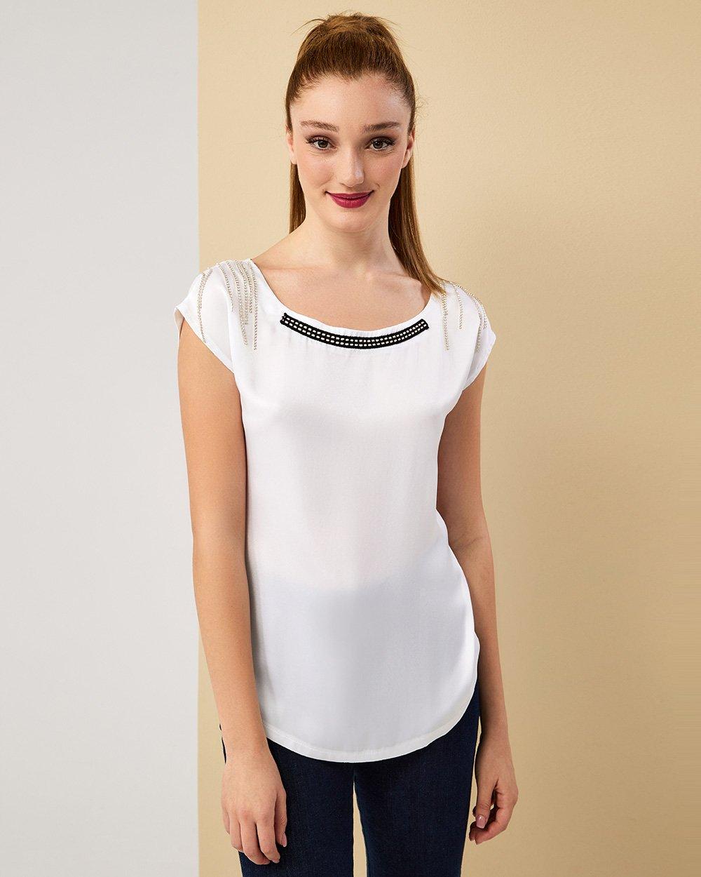 Μπλούζα με αλυσίδες στους ώμους