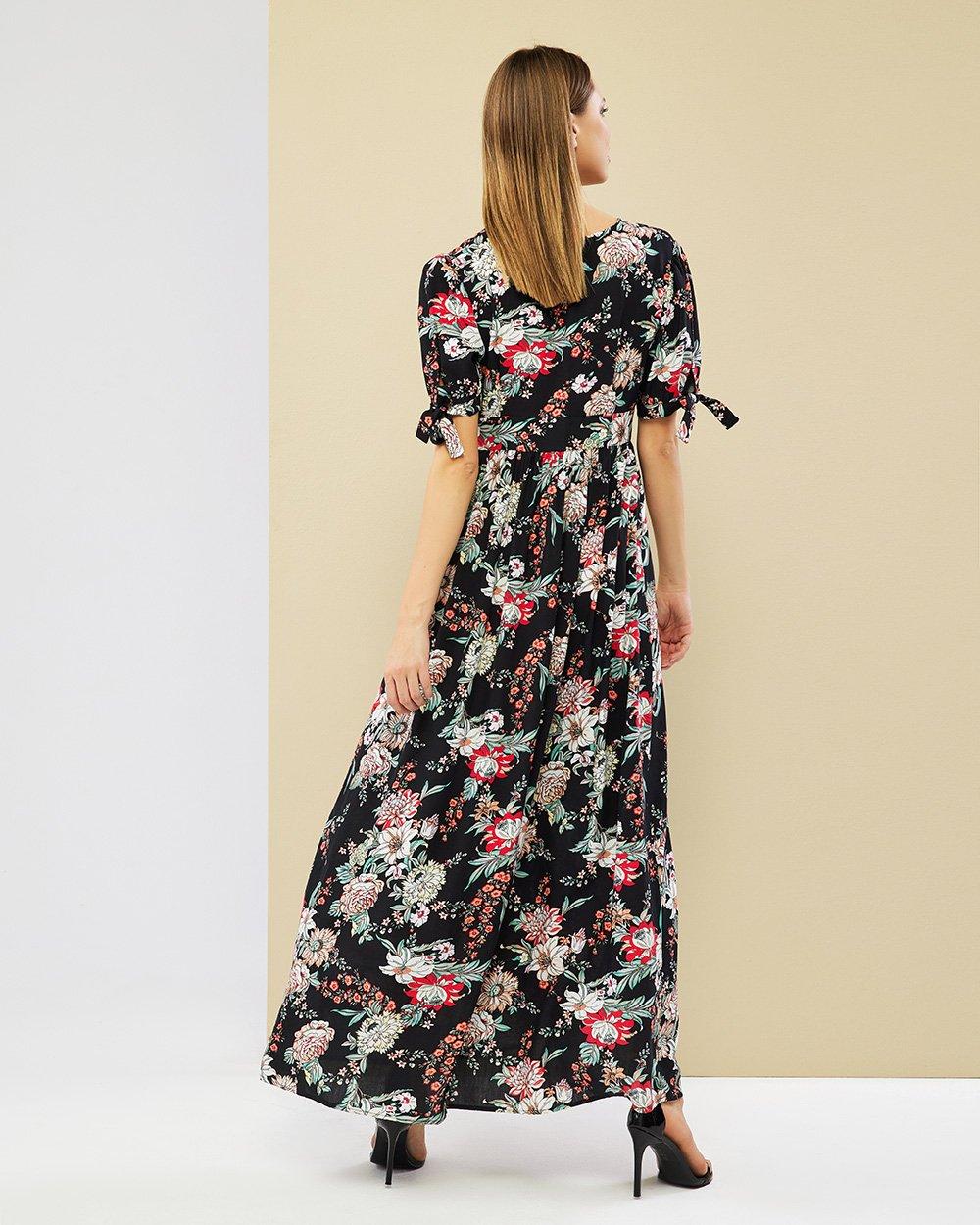 Φόρεμα μάξι εμπριμέ με κουμπιά