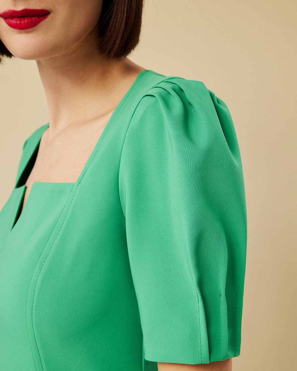 Φόρεμα pencil με puffed μανίκια