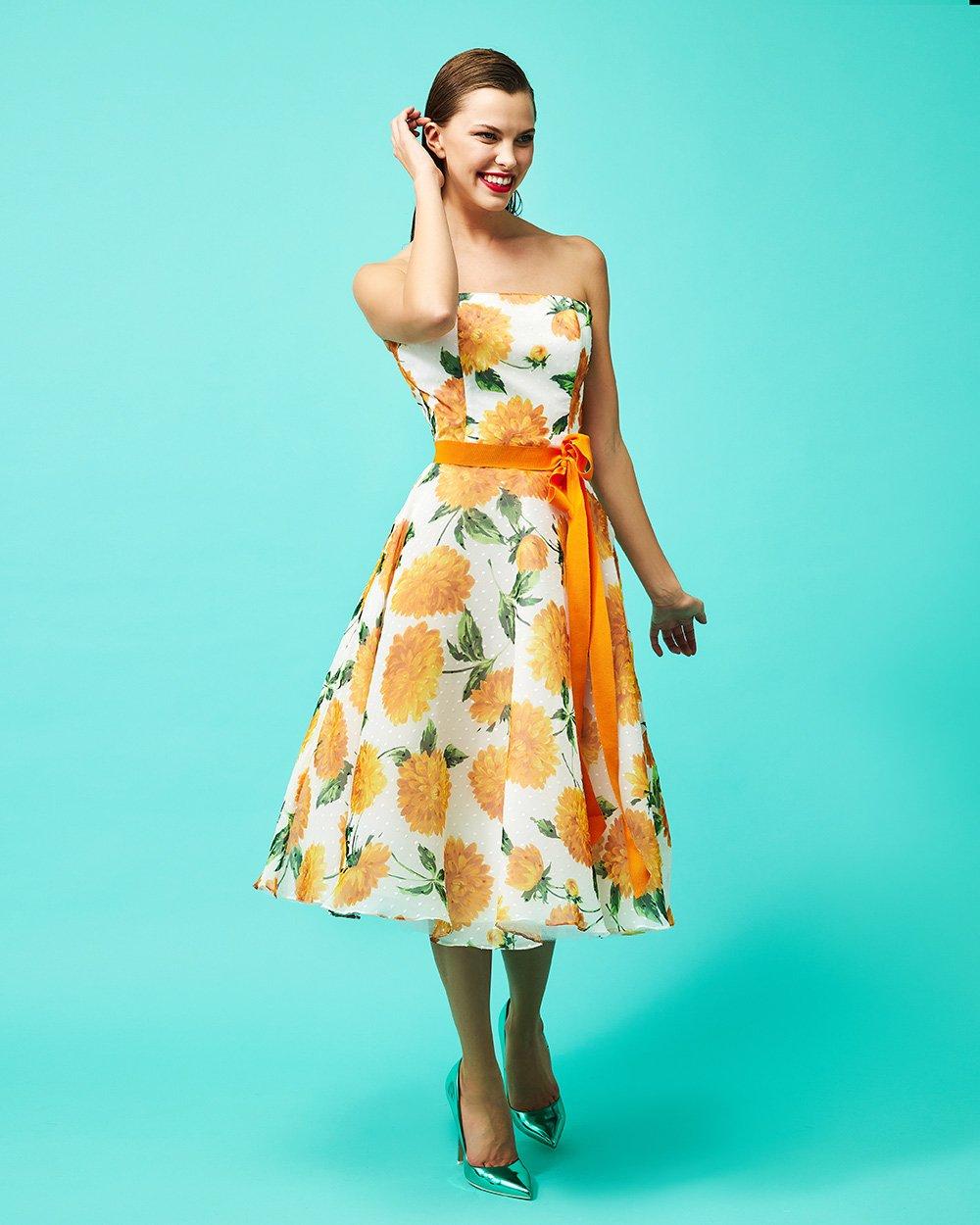 Φόρεμα στράπλες μεσάτο με ζώνη