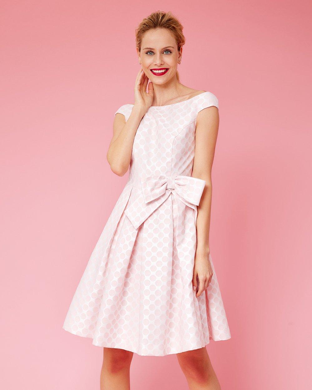Φόρεμα πουά με φόγκο στη μέση