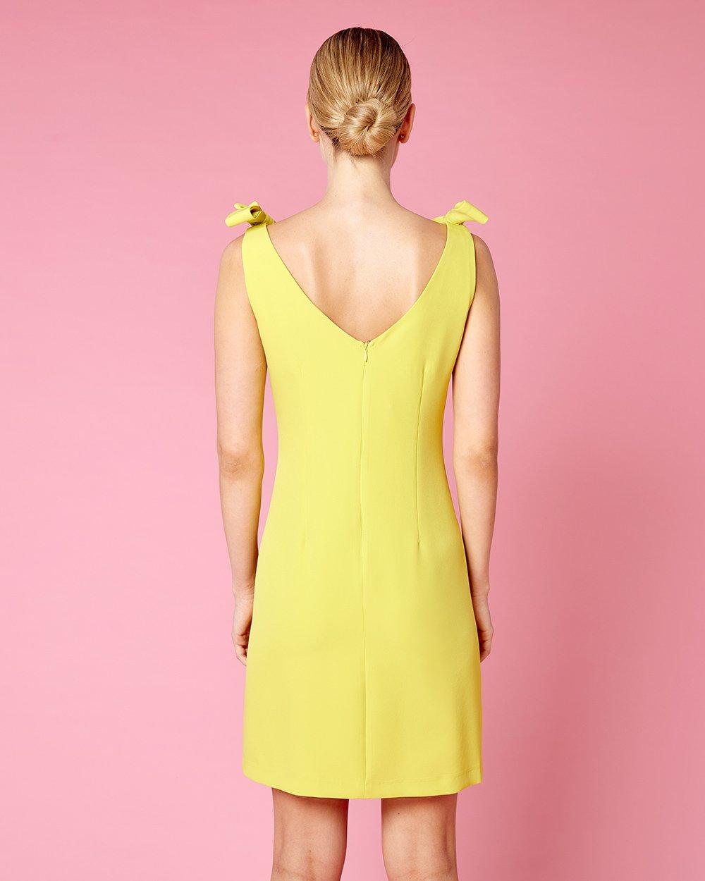 Φόρεμα με φιόγκους στους ώμους