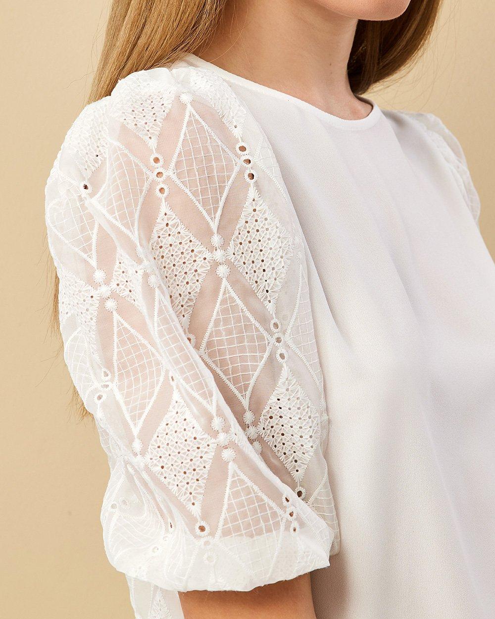 Μπλούζα με σχέδιο σε μανίκια και πλάτη