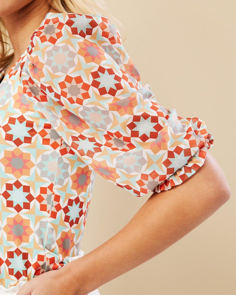 Μπλούζα με γεωμετρικό σχέδιο