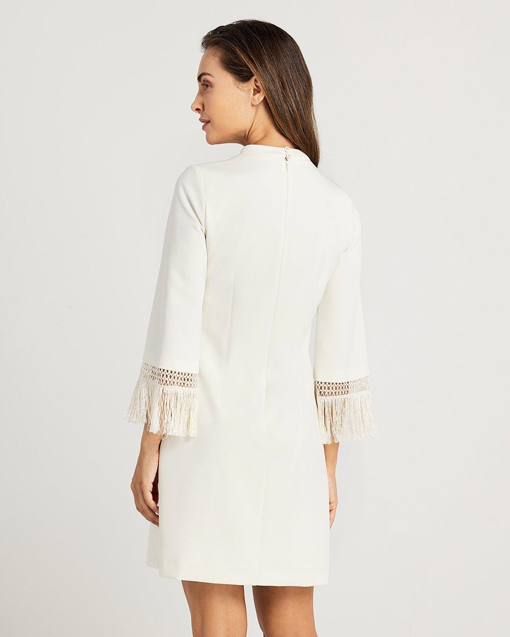 Φόρεμα με κρόσια στα μανίκια