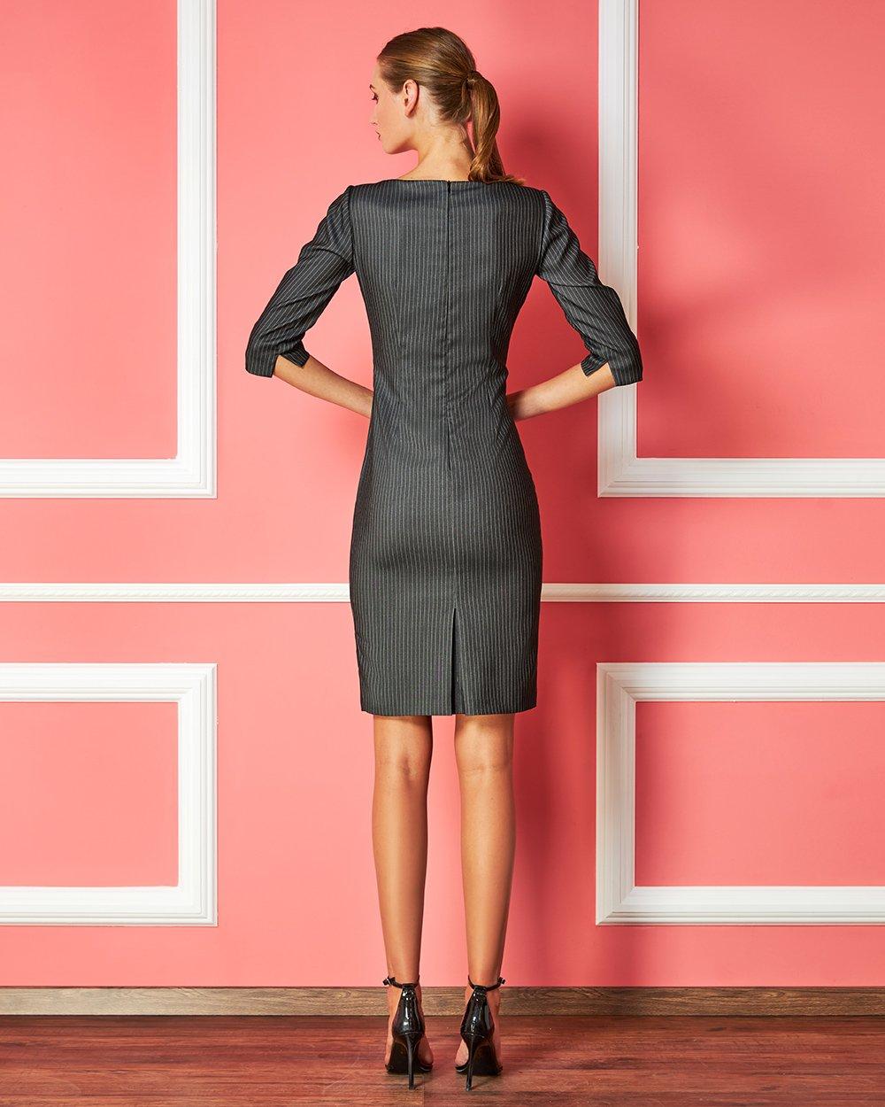 Φόρεμα με λεπτή ρίγα midi