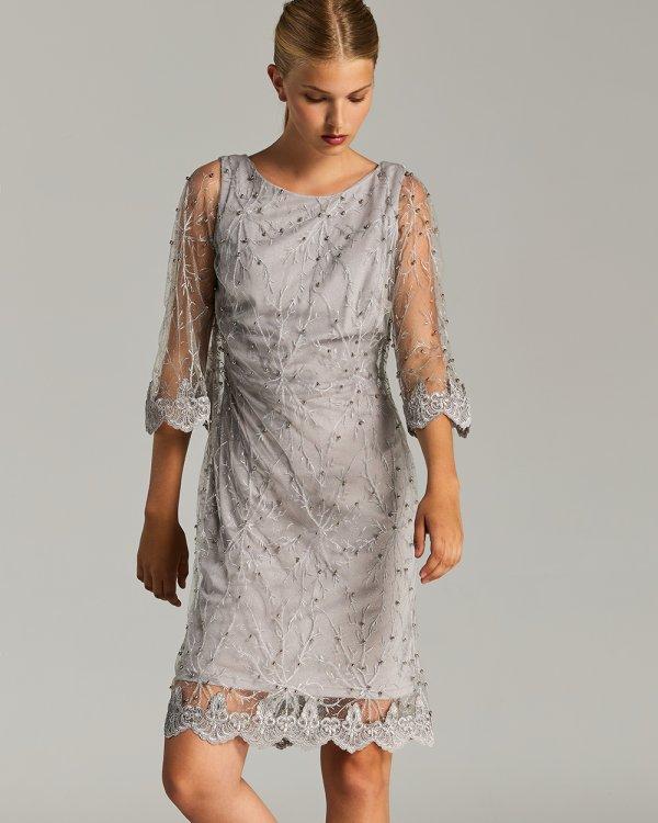 Φόρεμα midi με δαντέλα